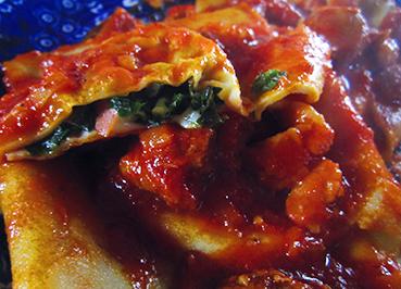 pasta: ravioli of crepes